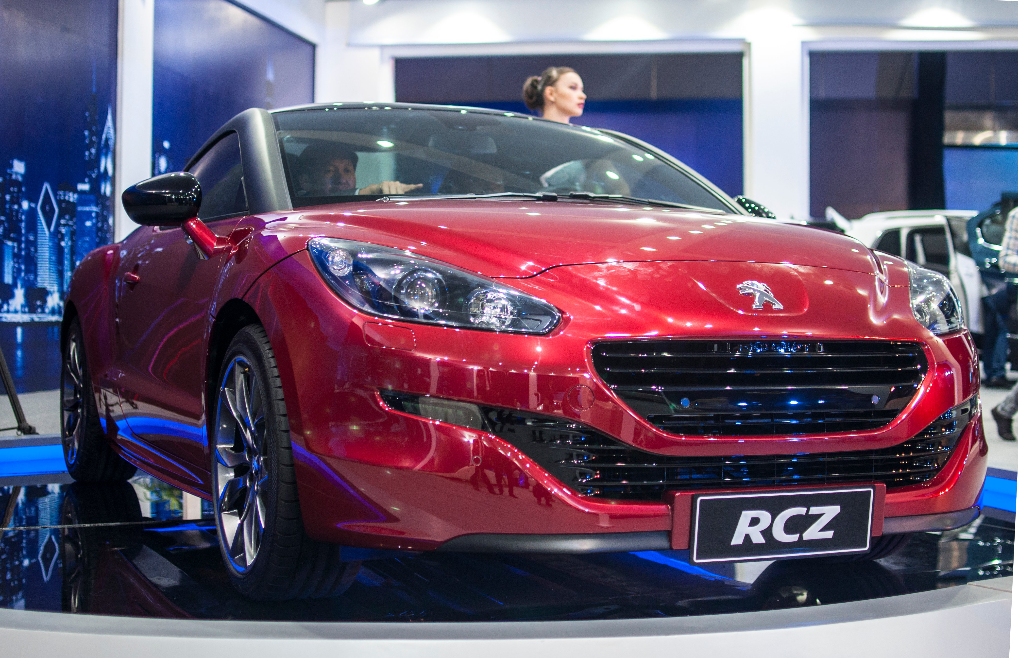 Peugeot RCZ : Cơn gió lạ đến từ nước Pháp 7