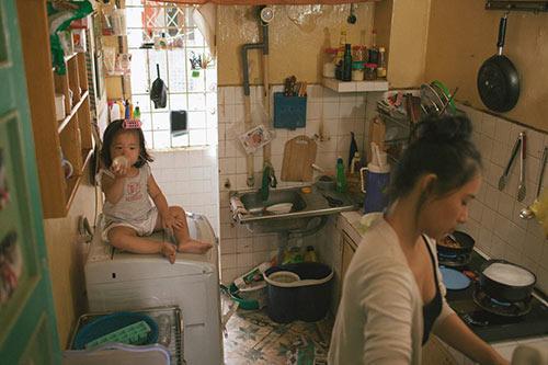Bộ ảnh 'Gà mái' của bà mẹ đơn thân Việt gây sốt cộng đồng mạng 11