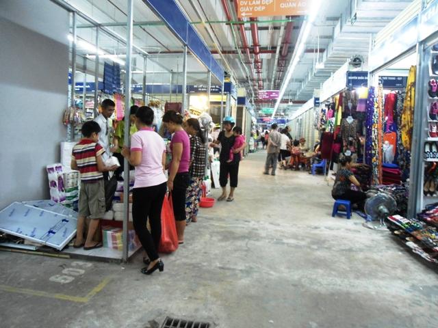Chợ Mơ truyền thống những ngày đầu khai trương 12