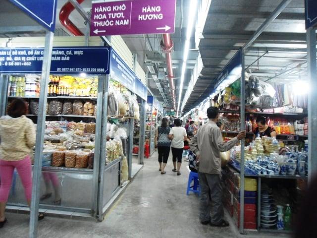 Chợ Mơ truyền thống những ngày đầu khai trương 15