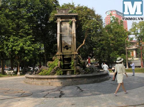 Cận cảnh hai đài phun nước hoành tráng nhất nhì Hà Nội 7