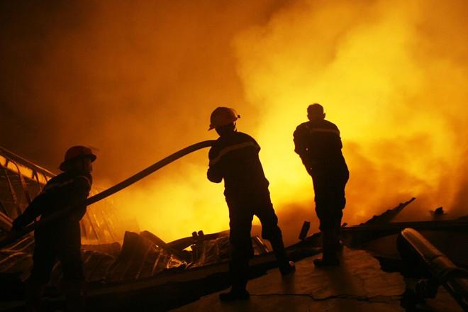 Hai vụ cháy lớn ở Hà Nội gây thiệt hại gần 140 tỉ đồng 4