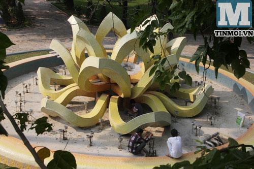 Cận cảnh hai đài phun nước hoành tráng nhất nhì Hà Nội 14