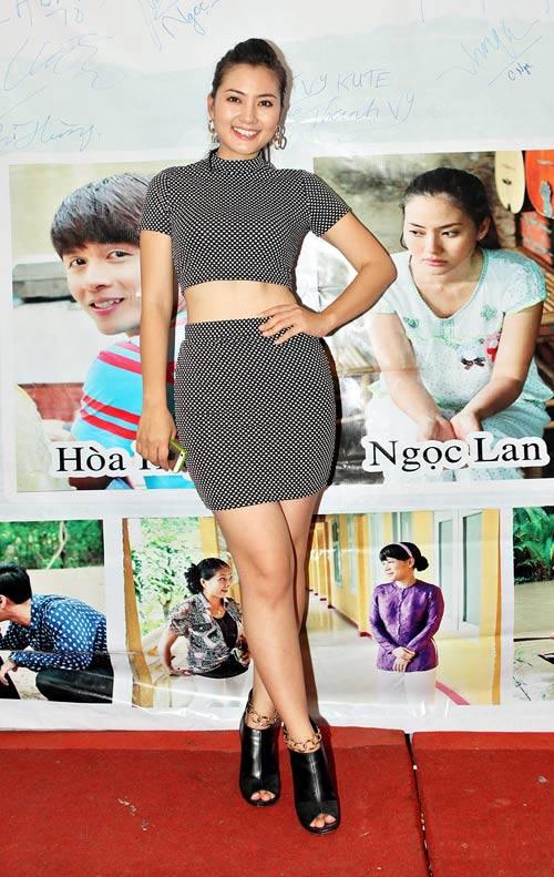 Soi những điểm không hoàn hảo của các mỹ nhân Việt 20
