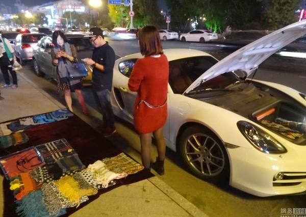 Bố cho siêu xe nhưng không cho tiền, thiếu gia bán khăn kiếm tiền mua xăng 6