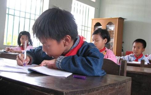 Bỏ chấm điểm cho 7 triệu HS: Cô giáo mệt phờ  5