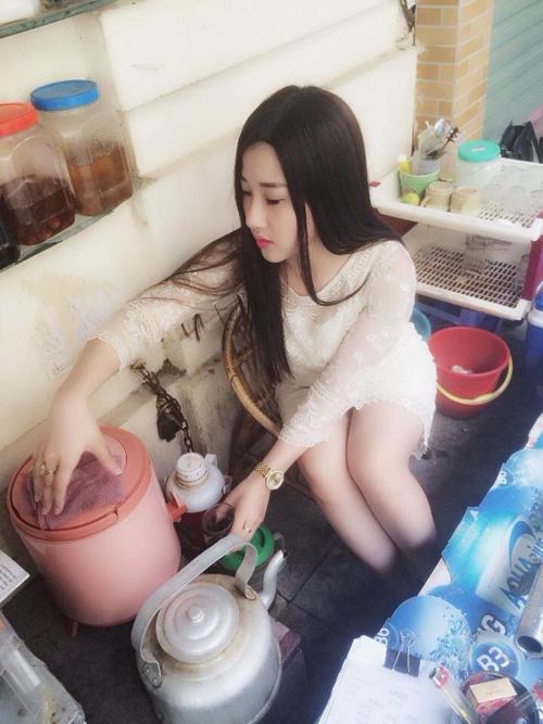 Hot girl bán trà đá tại Hà Nội gây sốt cộng đồng mạng 7
