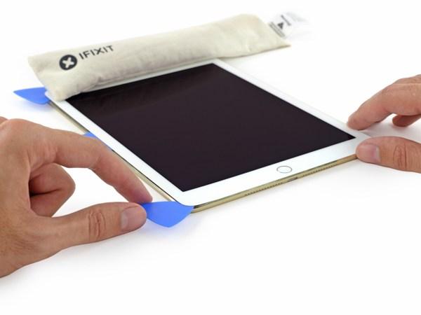 Phẫu thuật iPad Air 2: Cực kỳ khó sửa, pin nhỏ hơn 6
