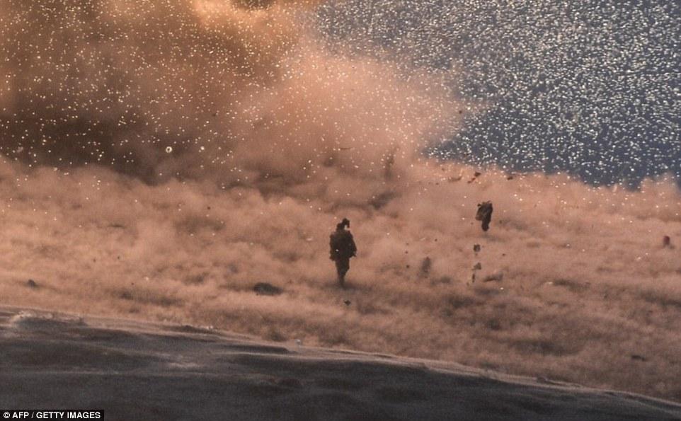 Mỹ không kích như vũ bão xóa sổ biểu tượng IS ở Kobane 7