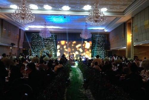 Ái nữ, thiếu gia con nhà giàu Việt xúng xính váy cưới sang trọng 9