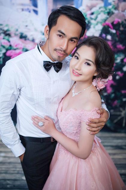 Vợ Duy Nhân hết lòng cùng chồng vượt qua căn bệnh ung thư vòm họng 6