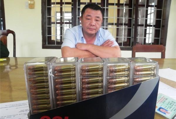 Người đàn ông mang 500 viên đạn qua biên giới 5