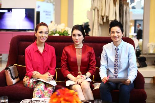 Lý Nhã Kỳ mời nữ tỉ phú thế giới tham dự show thời trang bạc tỉ 6