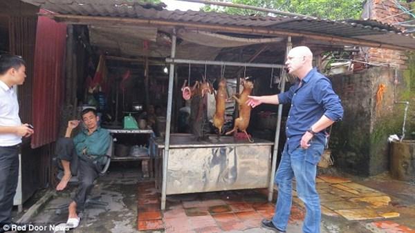 Báo Anh phê phán nặng nề cảnh giết thịt chó tại Việt Nam 7