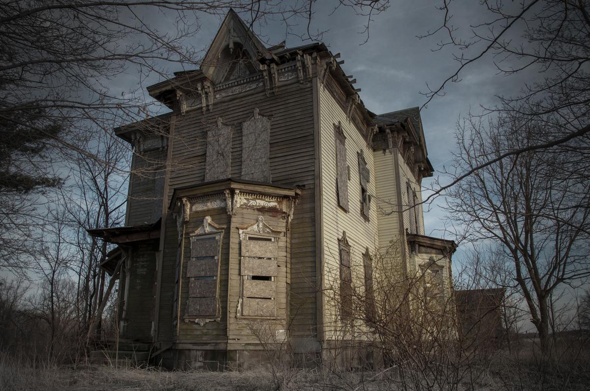 13 biệt thự bỏ hoang đáng sợ ở Mỹ 8