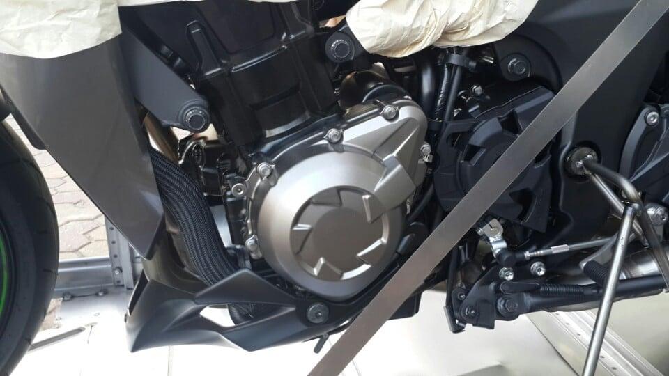 Lộ diện lô hàng Kawasaki Z1000 2014 cực khủng tại Hà Nội 13