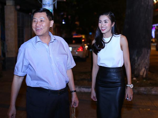 Đại gia Hạnh Nguyễn: tặng con dâu biệt thự, đồng hồ tiền tỉ 11