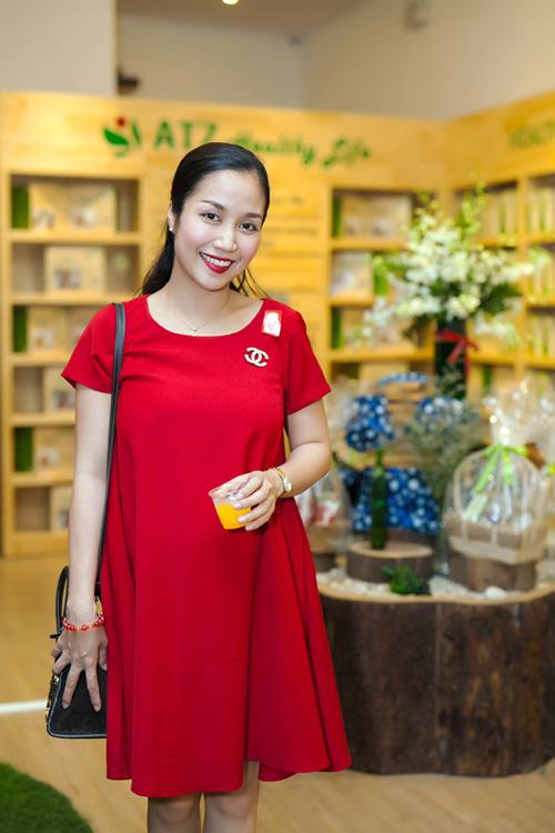 Cùng điểm danh các sao Việt sẽ sinh con vào năm 2015 6