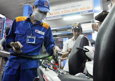Giá xăng dầu sẽ giảm trước ngày 16/11 6