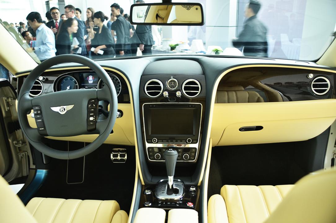 Bentley chính thức đặt chân đến Việt Nam 11