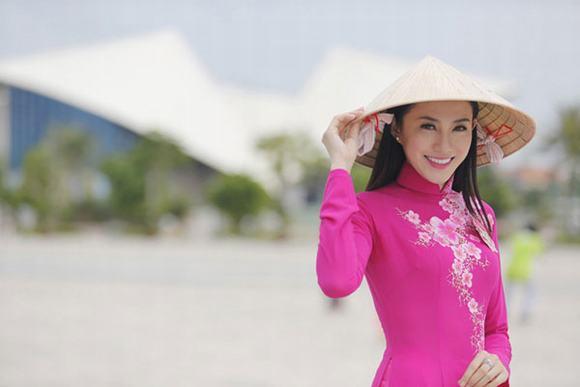Lộ diện 2 'gà cưng' Vũ Khắc Tiệp đi thi Hoa hậu Việt Nam 2014 7