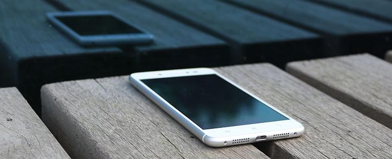"Lenovo Sisley S90 ""nhái"" thiết kế iPhone 6 6"