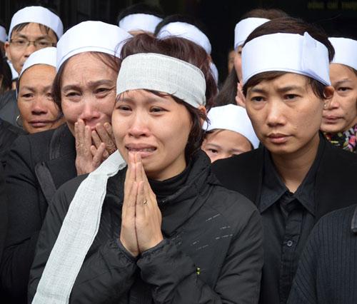 Đẫm nước mắt đưa tiễn nạn nhân tai nạn đường sắt trên cao 7