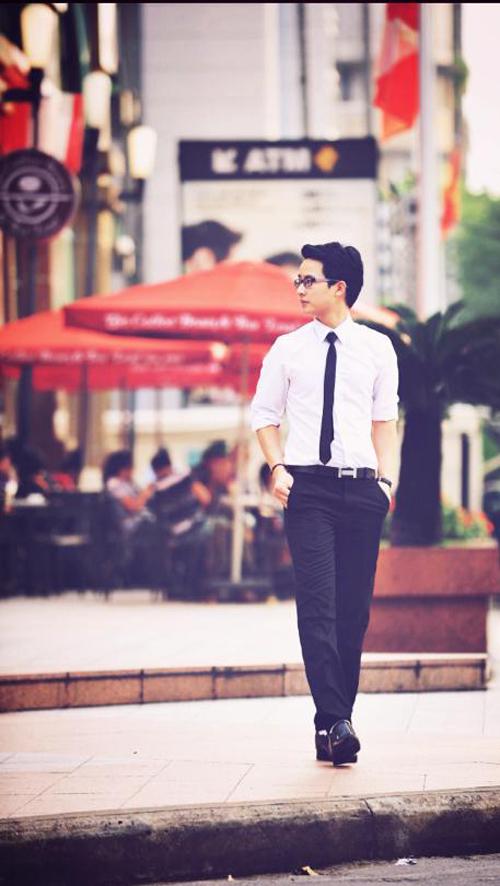 Thầy giáo hot boy trẻ nổi tiếng như sao Việt 6