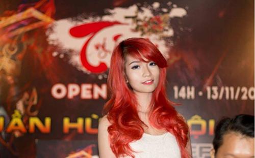 Hot girl Miu Nữ vượt mặt Elly Trần trong thế giới game  5