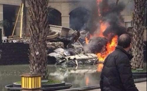 Chiến đấu cơ Trung Quốc đâm vào tòa nhà ở Tứ Xuyên  5