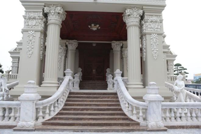 Nội thất trăm tỷ trong tòa lâu đài của đại gia Hà Nam 7