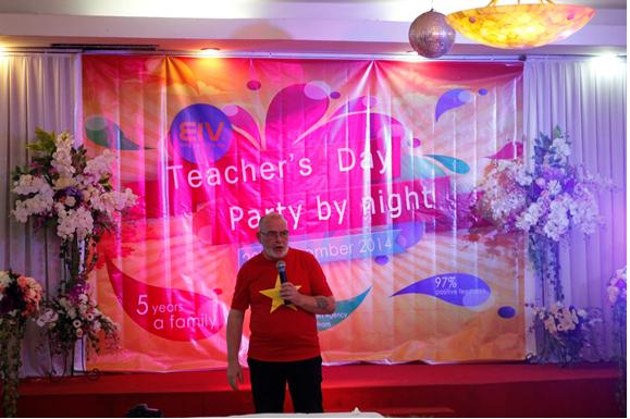 Hạnh phúc đến bất ngờ của giáo viên nước ngoài trong ngày nhà giáo Việt Nam 7