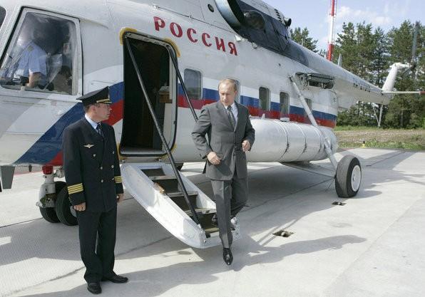 Đọ độ hoành tráng dàn phương tiện đi lại của Obama và Putin 11