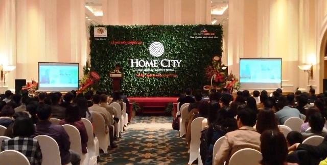 Hình ảnh Đại diện Đất Xanh lên tiếng về lễ mở bán Home City Trung Kính số 1