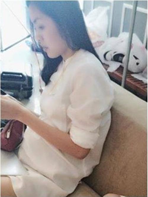 Thêm bằng chứng khẳng định Tăng Thanh Hà sắp làm mẹ 5