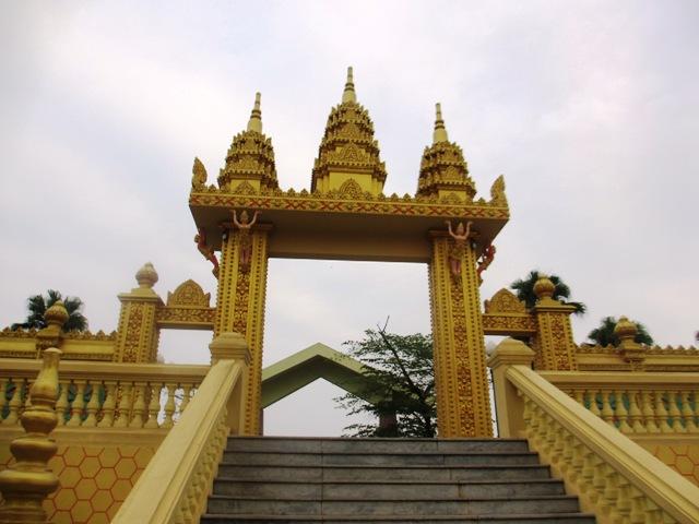 Chiêm ngưỡng kiến trúc Chăm và Khmer giữa lòng Hà Nội 13