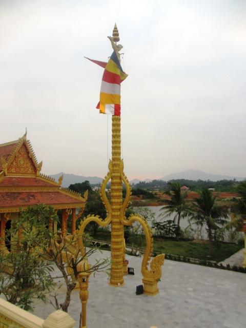 Chiêm ngưỡng kiến trúc Chăm và Khmer giữa lòng Hà Nội 11