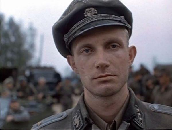 Những bộ phim về Thế chiến II hay nhất sắp ra mắt khán giả 8