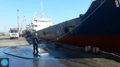 Tàu cá bị đâm chìm, 8 ngư dân thoát chết 4