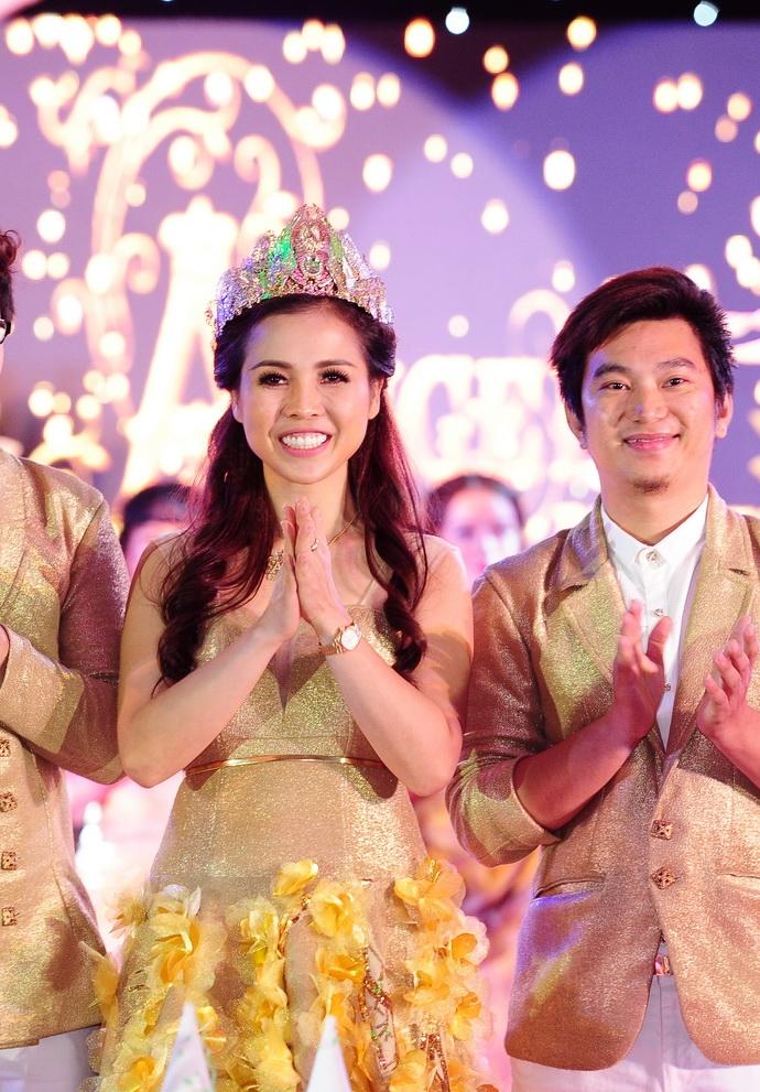 Ngắm hình ảnh quyến rũ của nữ chủ nhân tòa lâu đài 20 tỉ Sài Gòn 11