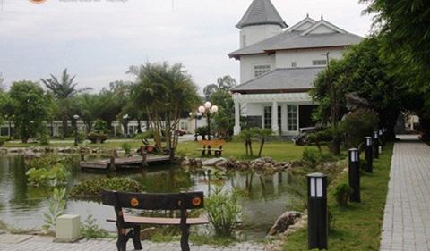 Đại gia Việt và những dinh thự bạc tỷ màu trắng 9