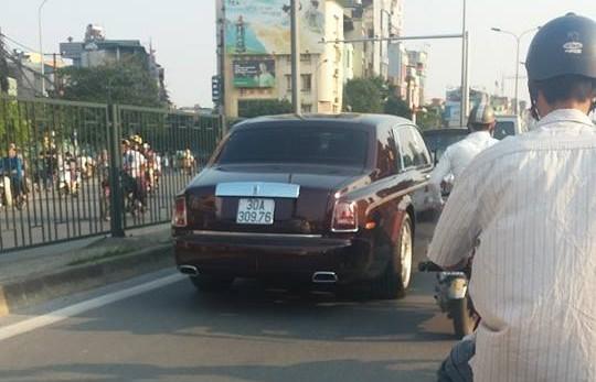 """Lộ diện đại gia sở hữu Rolls Royce """"Mặt trời phương Đông"""" độc nhất thế giới 7"""