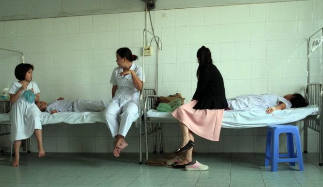 9 học sinh tiểu học nhập viện sau khi tiêm ngừa sởi, rubella  6