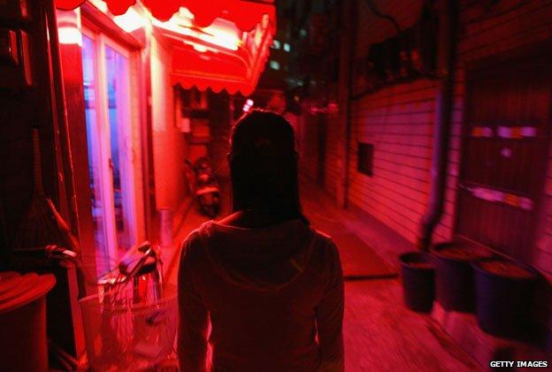 """Hàn Quốc tạo điều kiện để gái mại dâm """"mua vui"""" cho lính Mỹ 5"""