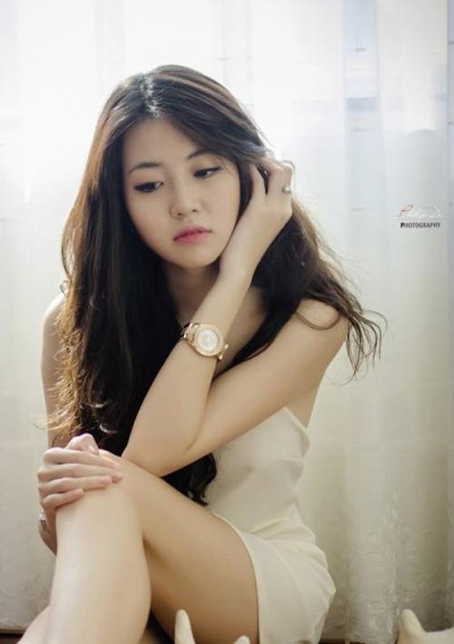 Nữ sinh xinh đẹp giống Hoa hậu Hà Kiều Anh 'đốn tim' dân mạng 10