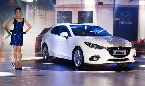 Vừa ra mắt, Mazda 3 2015 đã được THACO giảm giá 5