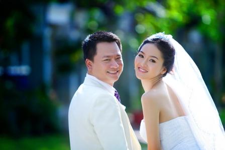 Những ông chồng đại gia điển trai, tài giỏi nổi tiếng của mỹ nhân Việt 9