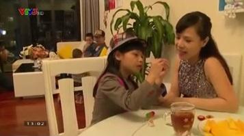 Phan Anh, Hoàng Bách lần đầu khoe vợ trên sóng truyền hình 7
