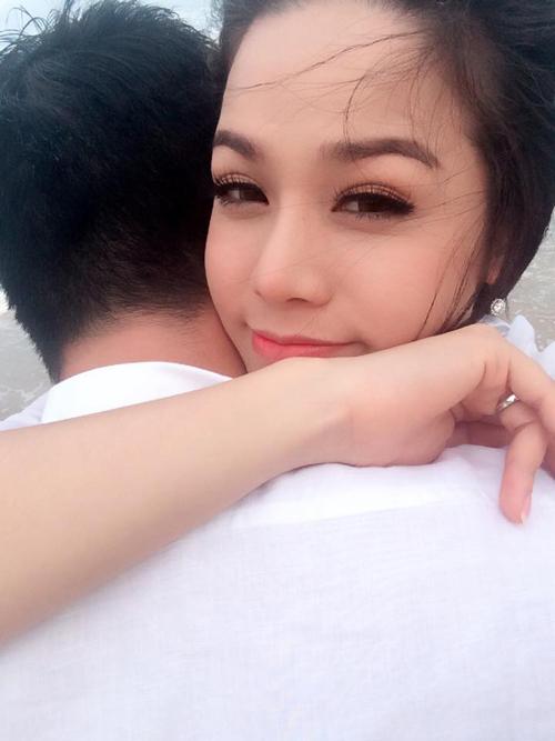 Hé lộ thiệp cưới độc đáo của Nhật Kim Anh và bạn trai bí ẩn  6