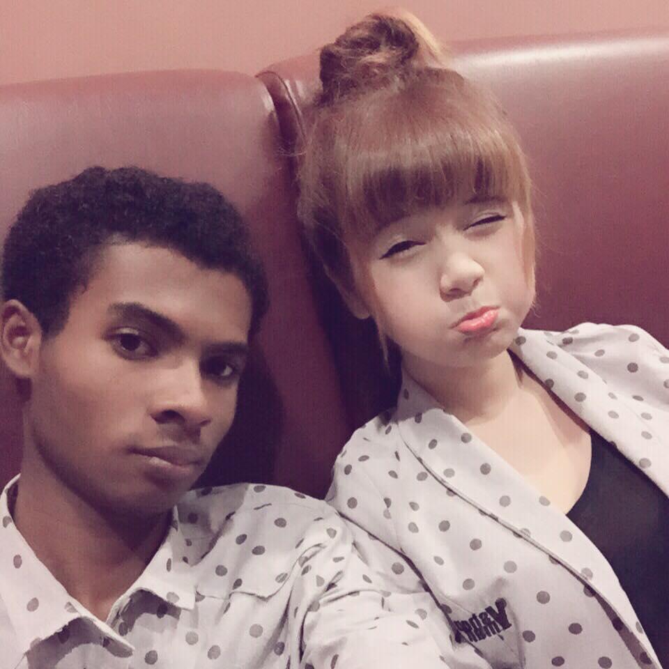 Hình ảnh Chuyện tình đũa lệch giữa chàng trai da màu và hot girl  gây sốt số 6